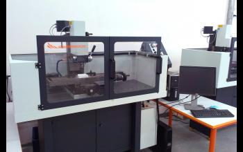 Учебный фрезерный станок с ЧПУ Wabeco CC-F1210 с cистемой управления Mach3